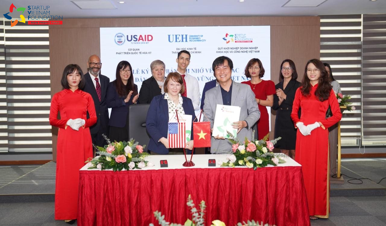 MEMORANDUM OF UNDERSTANDING SIGNING CEREMONY FOR COOPERATION ON PROMOTING SUSTAINABLE DEVELOPMENT IN VIETNAM BETWEEN USAID AND SVF